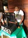 Alunas com deficiência auditivas do Campus Novo Paraíso recebem computadores para aulas remotas